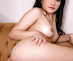 Horny Asian Girls