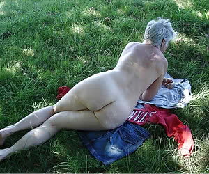 Asses of chubby nudist women and grannies