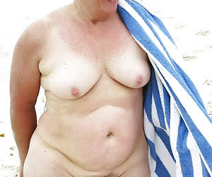 Photos of fat mature nudist females on a shore