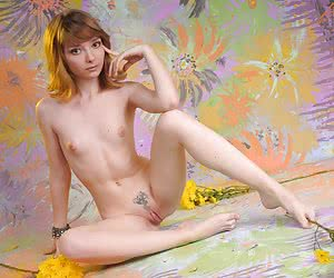 Category: nude flowers