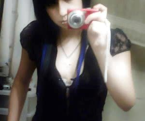 My Alternative GF : REAL emo home porn pics and vids!
