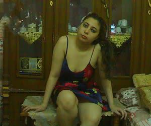 cum inside hot arab girl