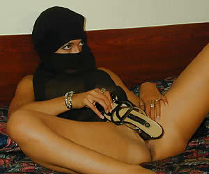 free pics of naked arab women