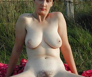 Category: busty and hairy