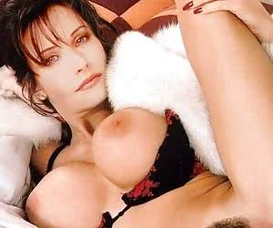 Best photos of nude and naughty Courtney Cox