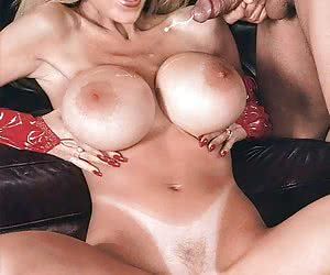 Christina Applegate likes when guys cum on her tits but she likes it much more on her face!