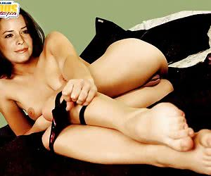 Glamorous and simply hot photos of naked Holly Marie Combs!