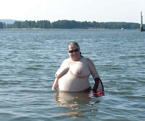 Big titted nudist mature plumpers in water