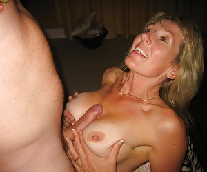 MILFs love blowjobs
