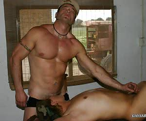 GaysArmy - Welcome to the gay army world. It's military men sex life that you always wanted to know something about.