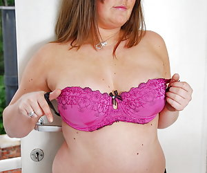 LusciousModels-Veerle, Voluptuous Model Pt1 Pictures