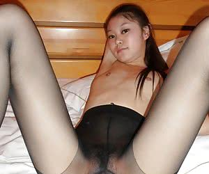 Amateurs pics of asian girls in pantyhose