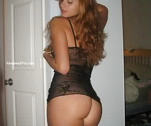 User submitted pictures of the sexiest exhibitionist girls