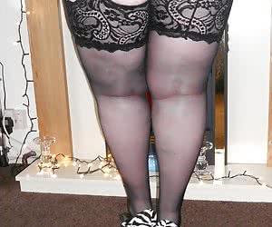 I love this blue suspender belt it just feels so fabulous to wear, and teamed with black stockings and cfm's makes for s