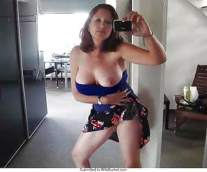 Amateur wives and their nude selfies