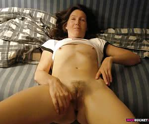 Divorced wife enjoys her second puberty