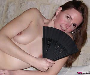 Naked pics of a hot amateur wife