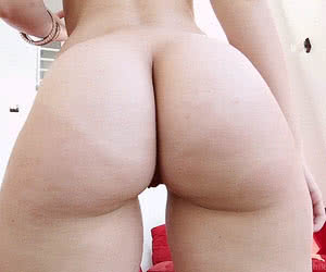 Category: round ass animated GIFs