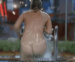 Category: wet and messy animated GIFs