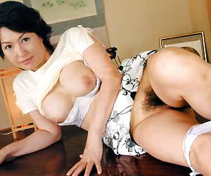 Category: asian milf porn pics