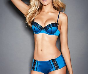 Category: hottest lingerie