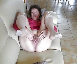 Hold Your Legs Im Goin In